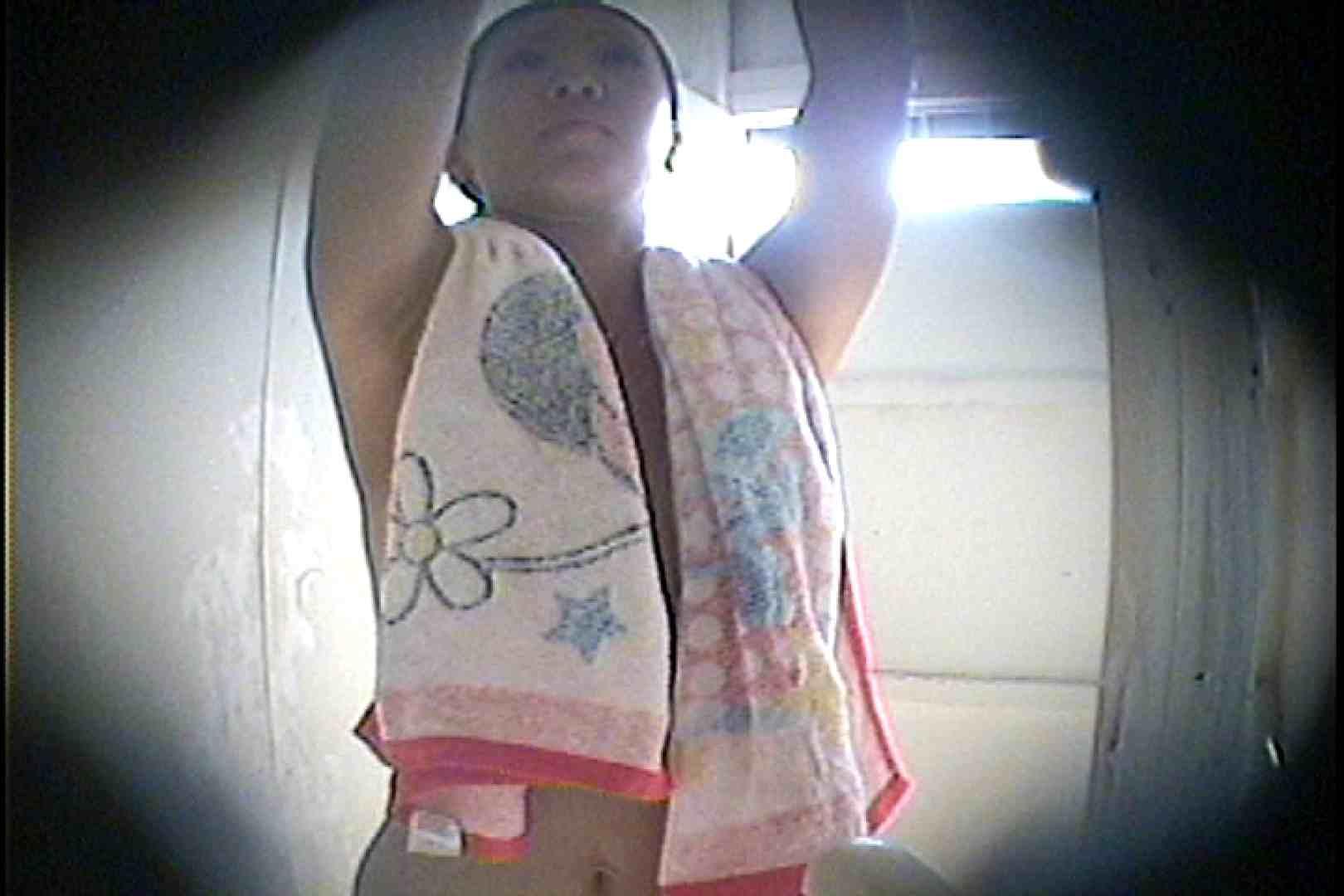海の家の更衣室 Vol.26 シャワー  77枚 57