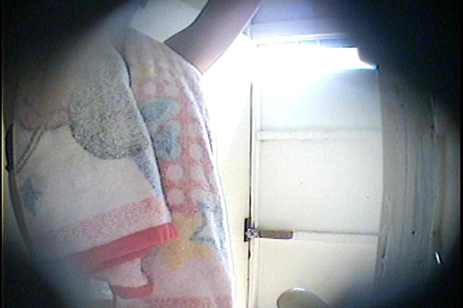 海の家の更衣室 Vol.26 シャワー  77枚 69