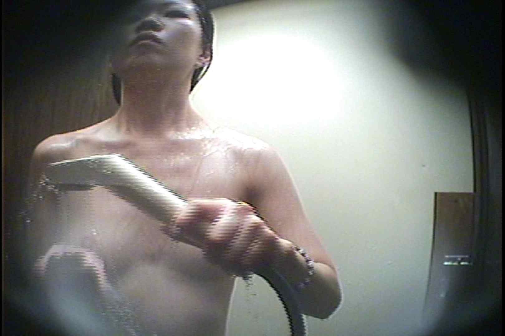 海の家の更衣室 Vol.40 シャワー  101枚 57