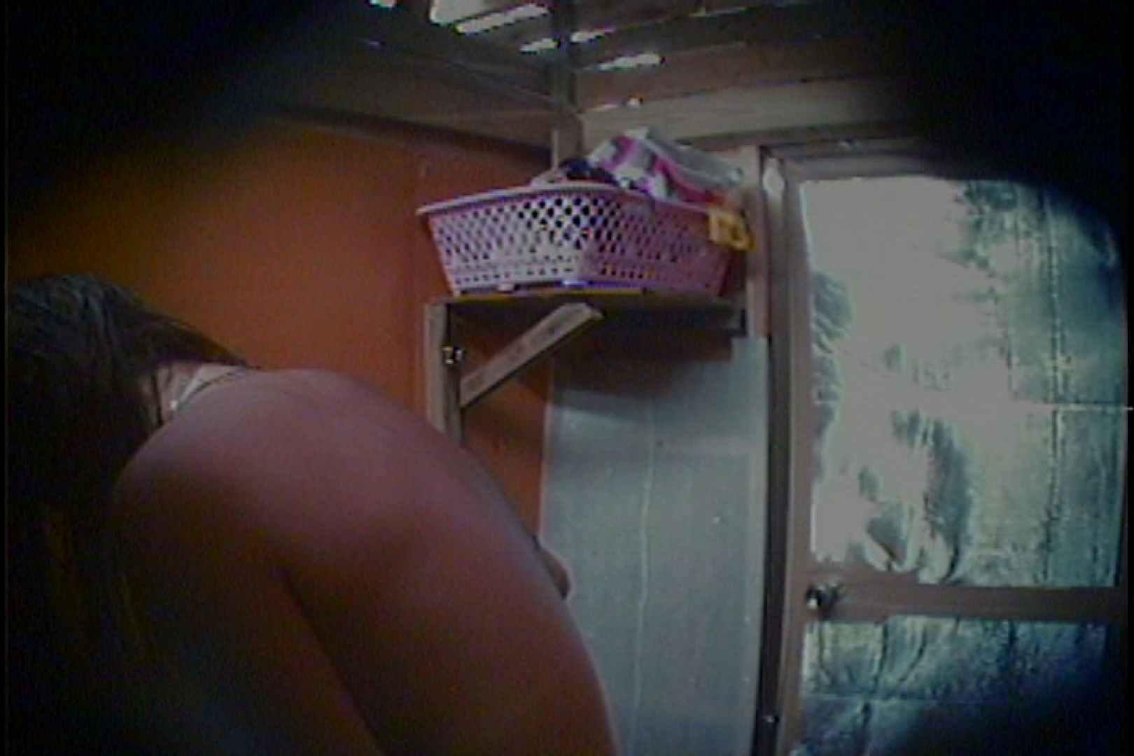 海の家の更衣室 Vol.56 シャワー スケベ動画紹介 98枚 74