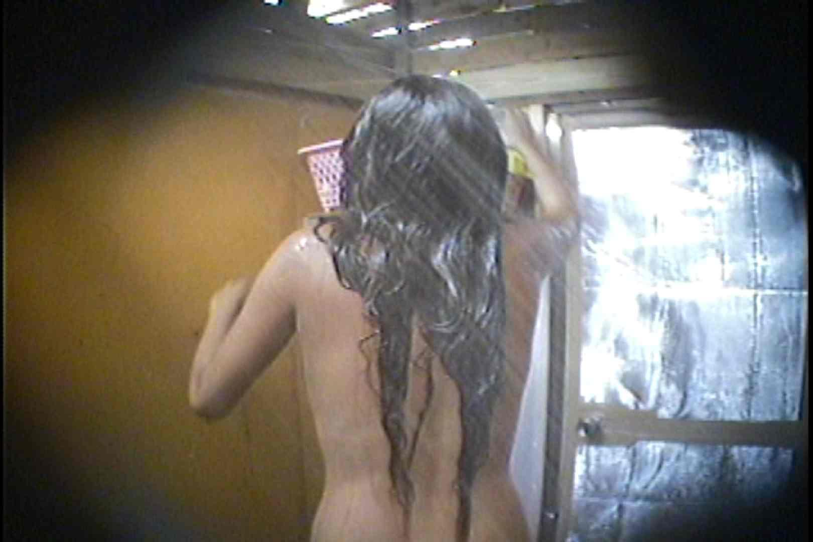 海の家の更衣室 Vol.56 シャワー スケベ動画紹介 98枚 92