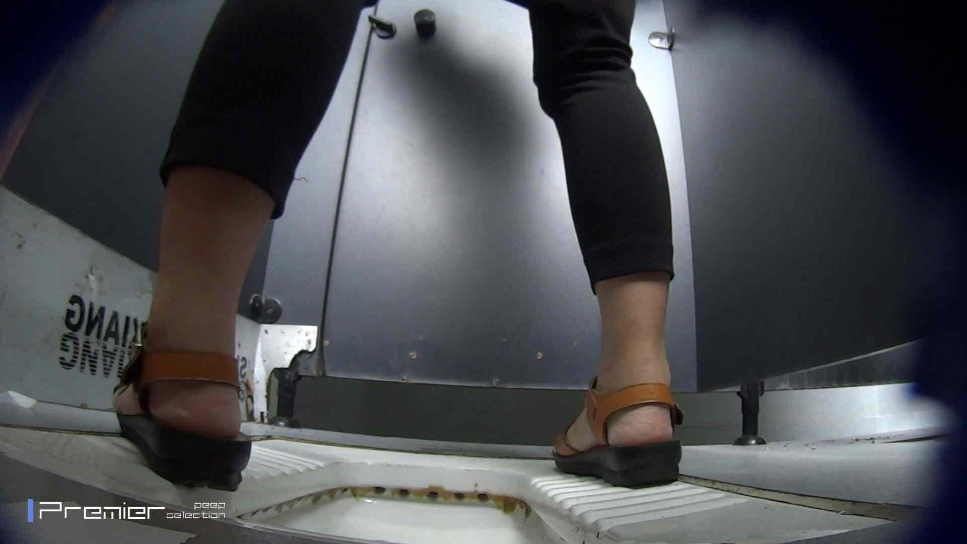 ガテンな女の放nyo 大学休憩時間の洗面所事情48 洗面所 のぞき動画画像 93枚 18