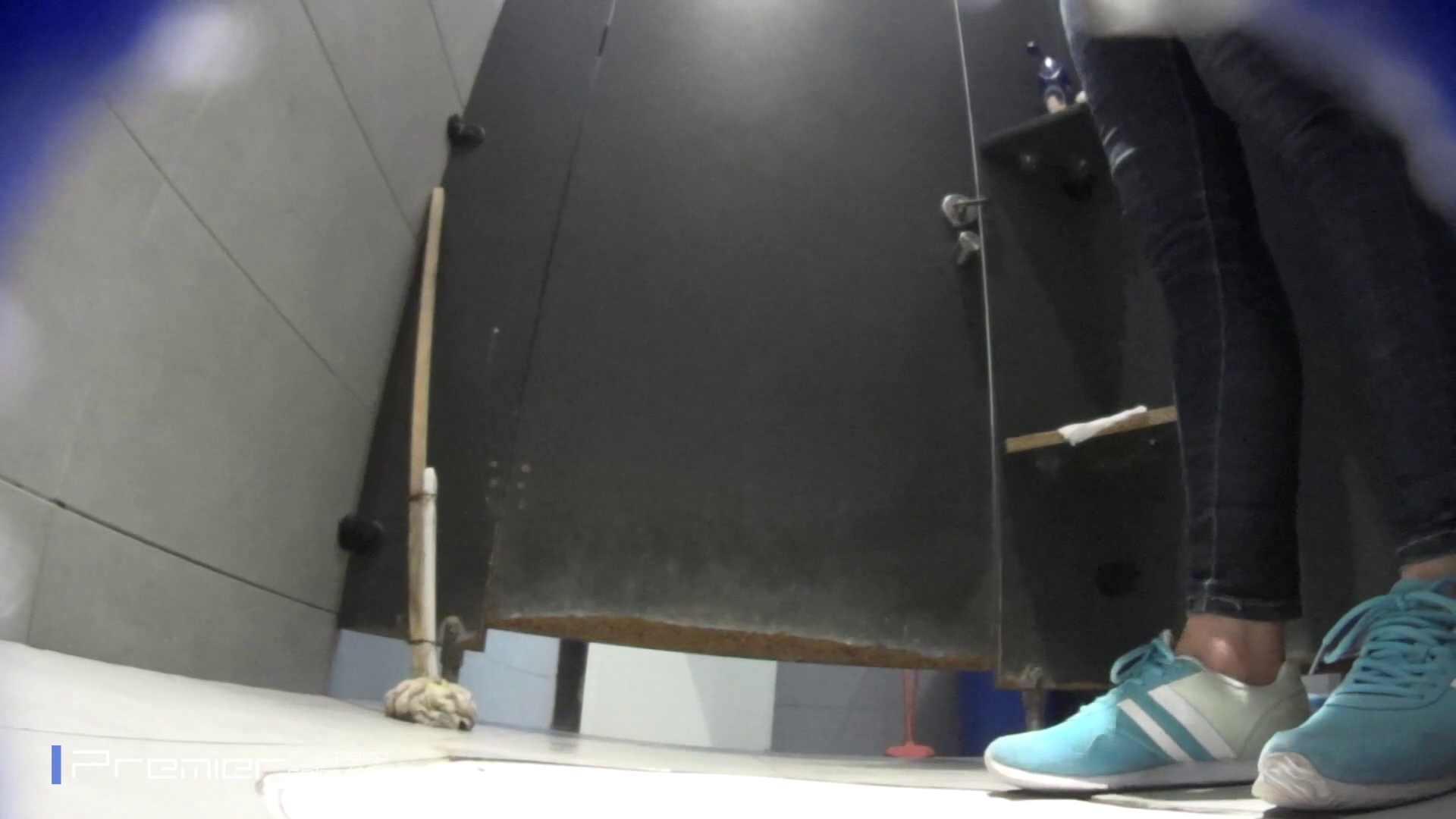 ゆっくりと大に勤しむ乙女 大学休憩時間の洗面所事情84 エッチな乙女 のぞき動画画像 81枚 19