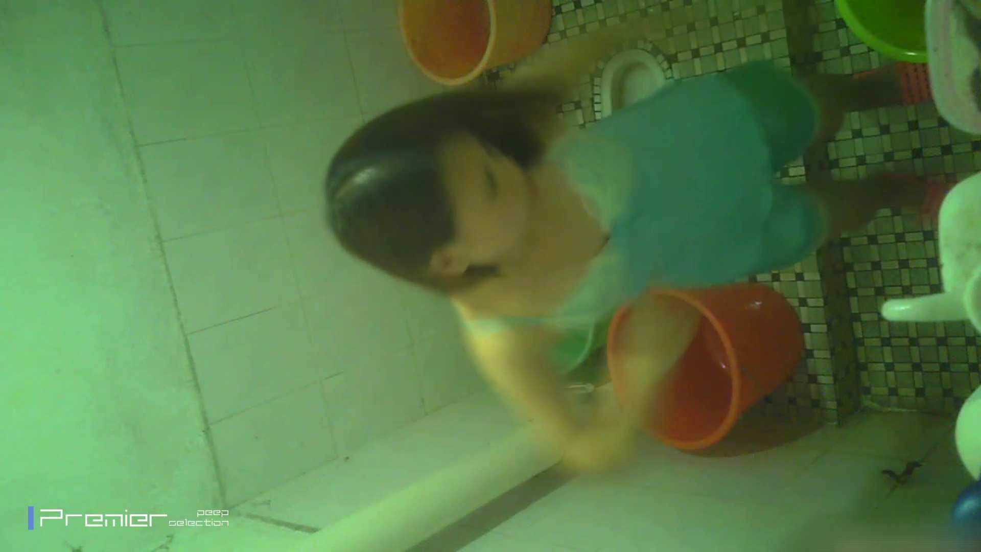 美女の痴態に密着!洗面所で体を洗う!絶世の美女 Vol.06 パンチラ おめこ無修正動画無料 87枚 13