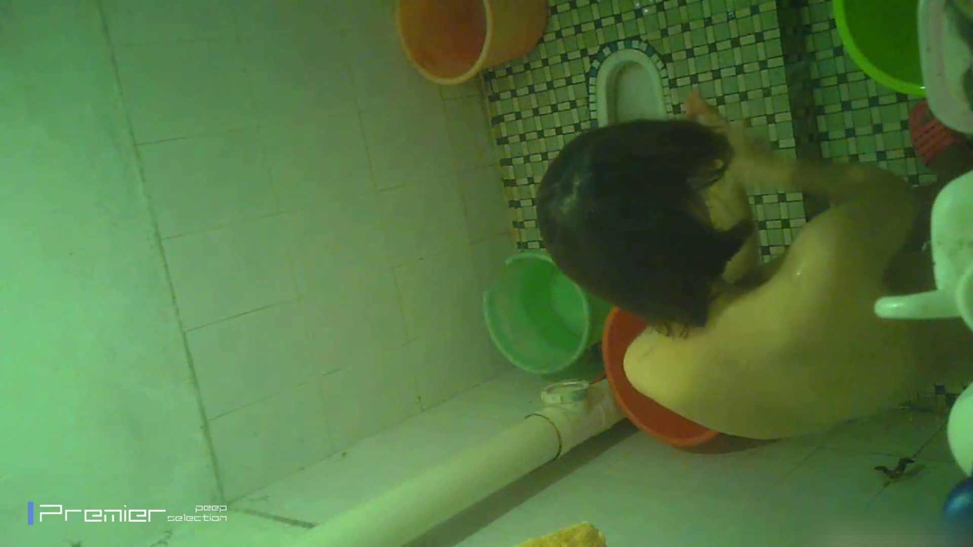 美女の痴態に密着!洗面所で体を洗う!絶世の美女 Vol.06 パンチラ おめこ無修正動画無料 87枚 55