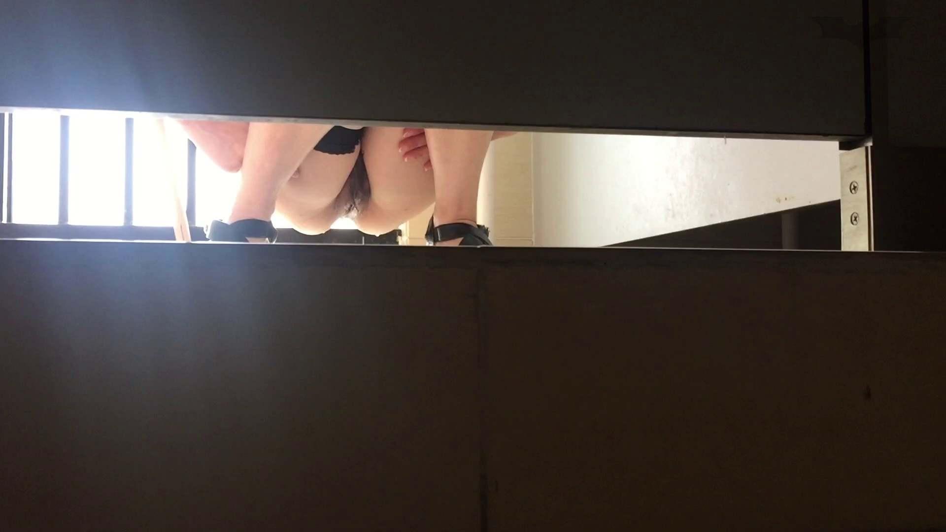 JD盗撮 美女の洗面所の秘密 Vol.73 禁断のトイレ | 洗面所  75枚 36
