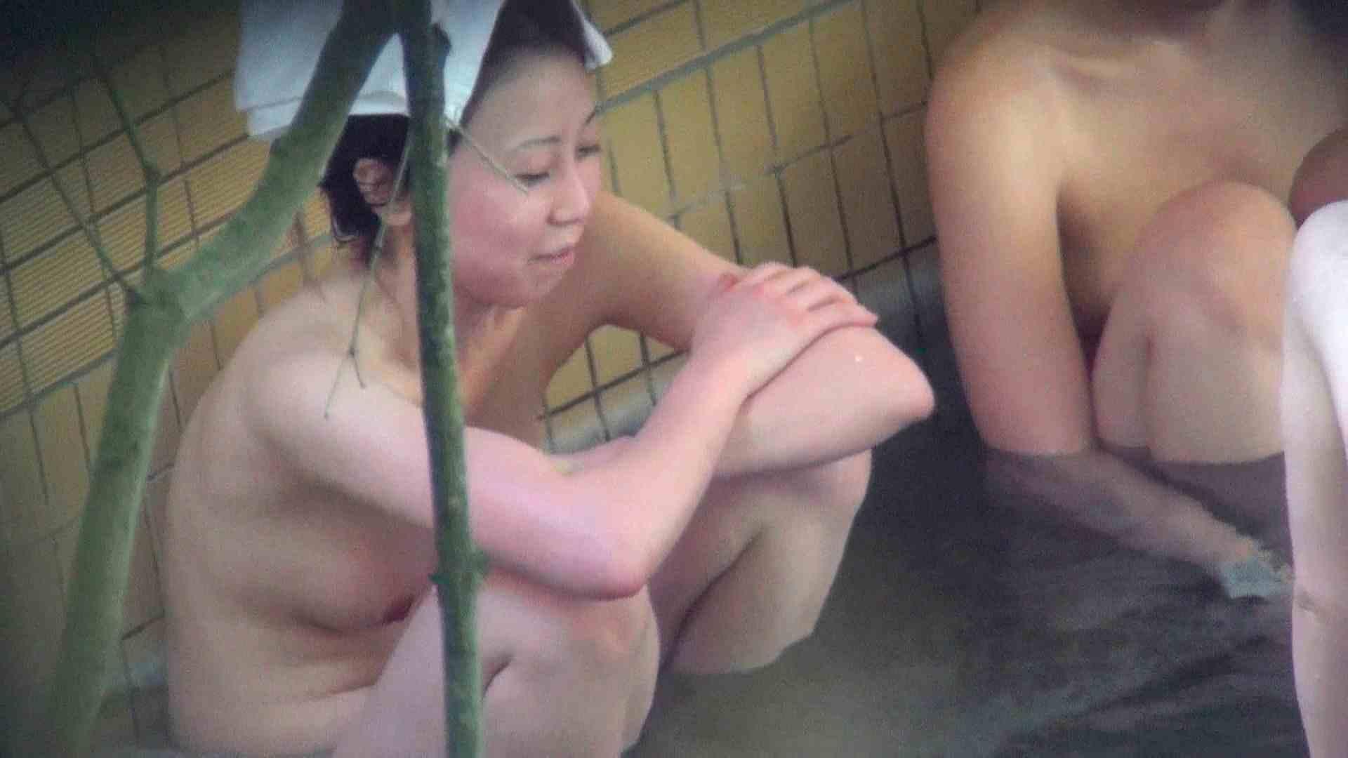 Vol.44 アラサー三人露天風呂女子会開催中 エッチなOL オメコ動画キャプチャ 110枚 44