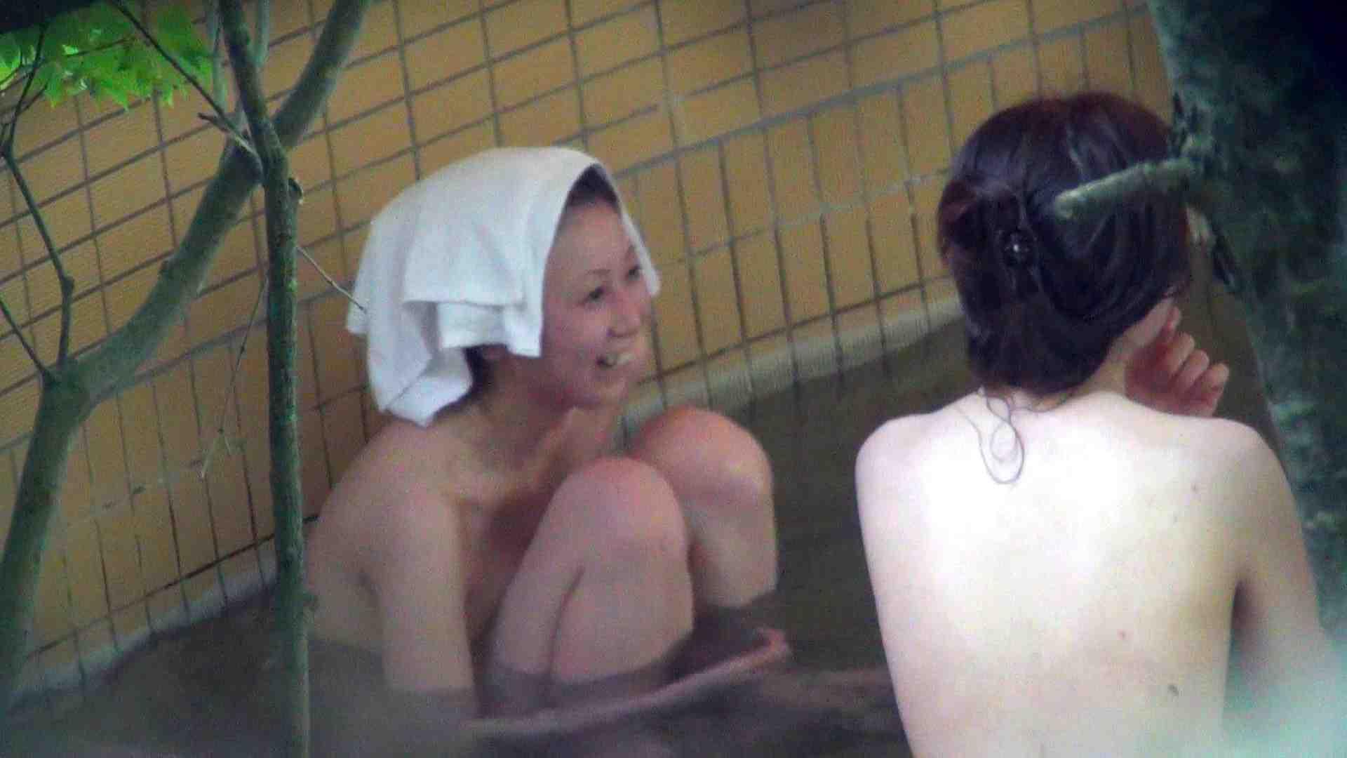 Vol.44 アラサー三人露天風呂女子会開催中 露天入浴 | 美女  110枚 109