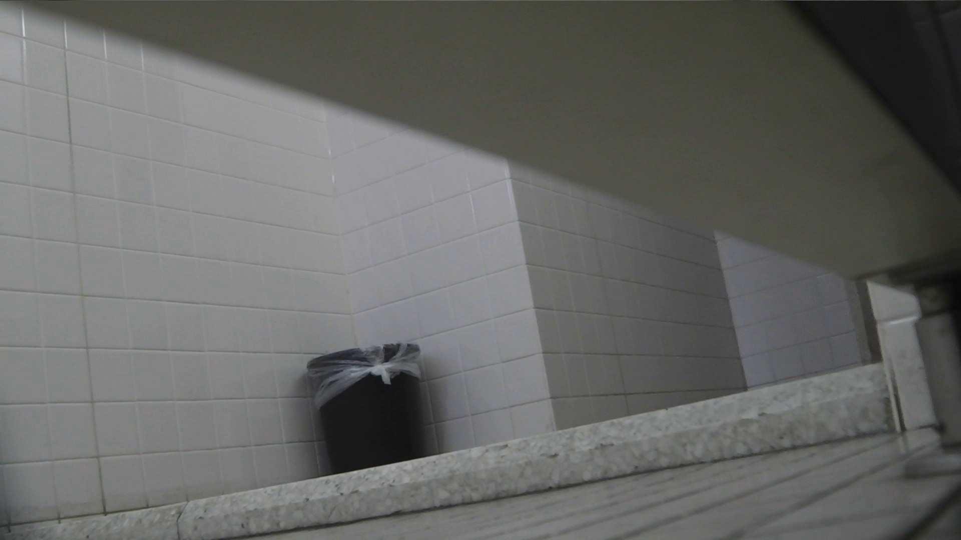 お銀さんの「洗面所突入レポート!!」Nol.10 洗面所 おまんこ無修正動画無料 90枚 38