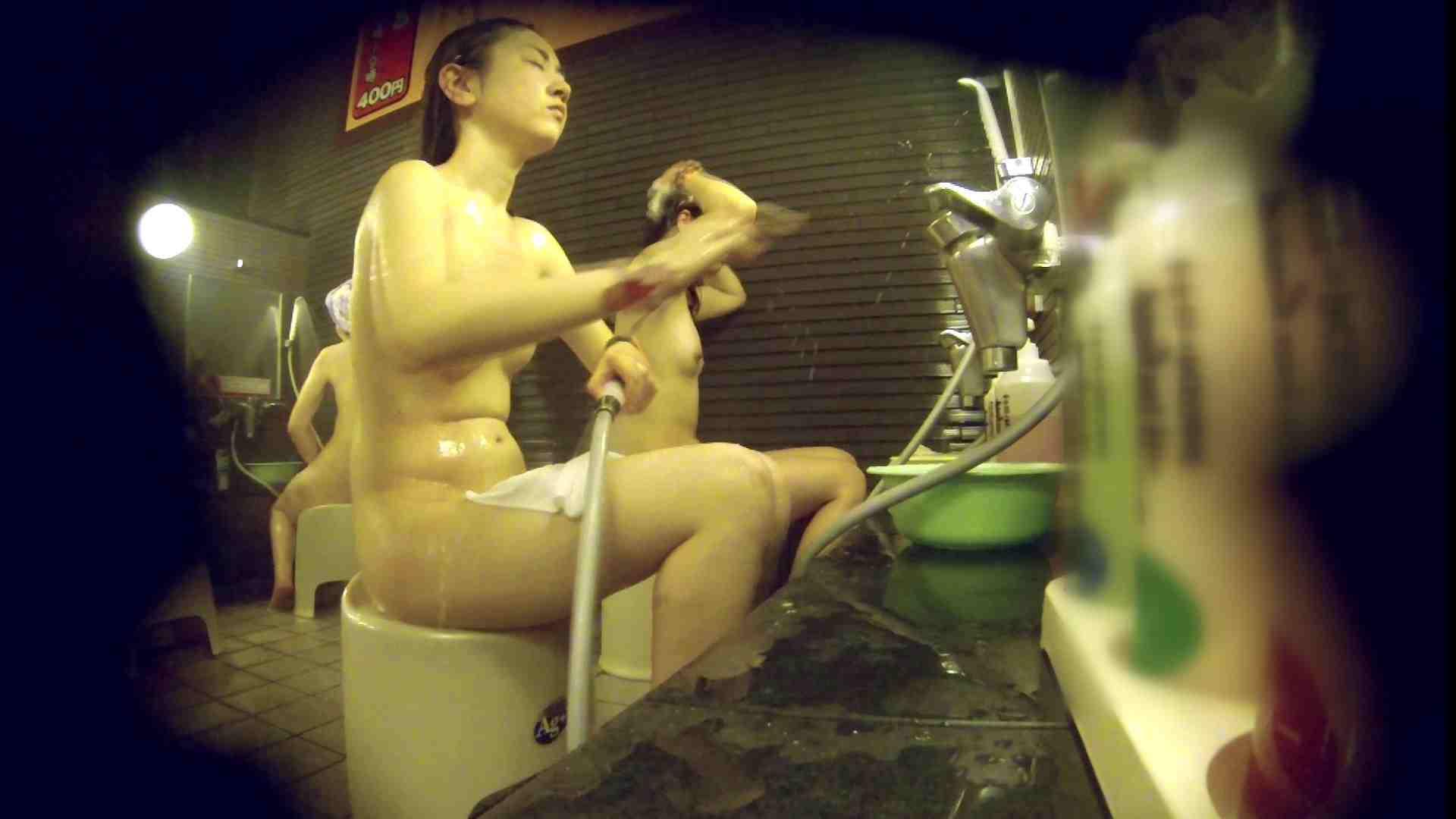 洗い場!しかし・・・綺麗な顔をしてますね。結婚したいな。 潜入  76枚 44