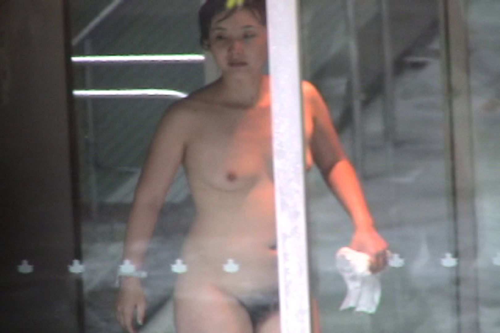 No.11 オトナな女は全裸で裸姿森林浴 露天入浴  106枚 98