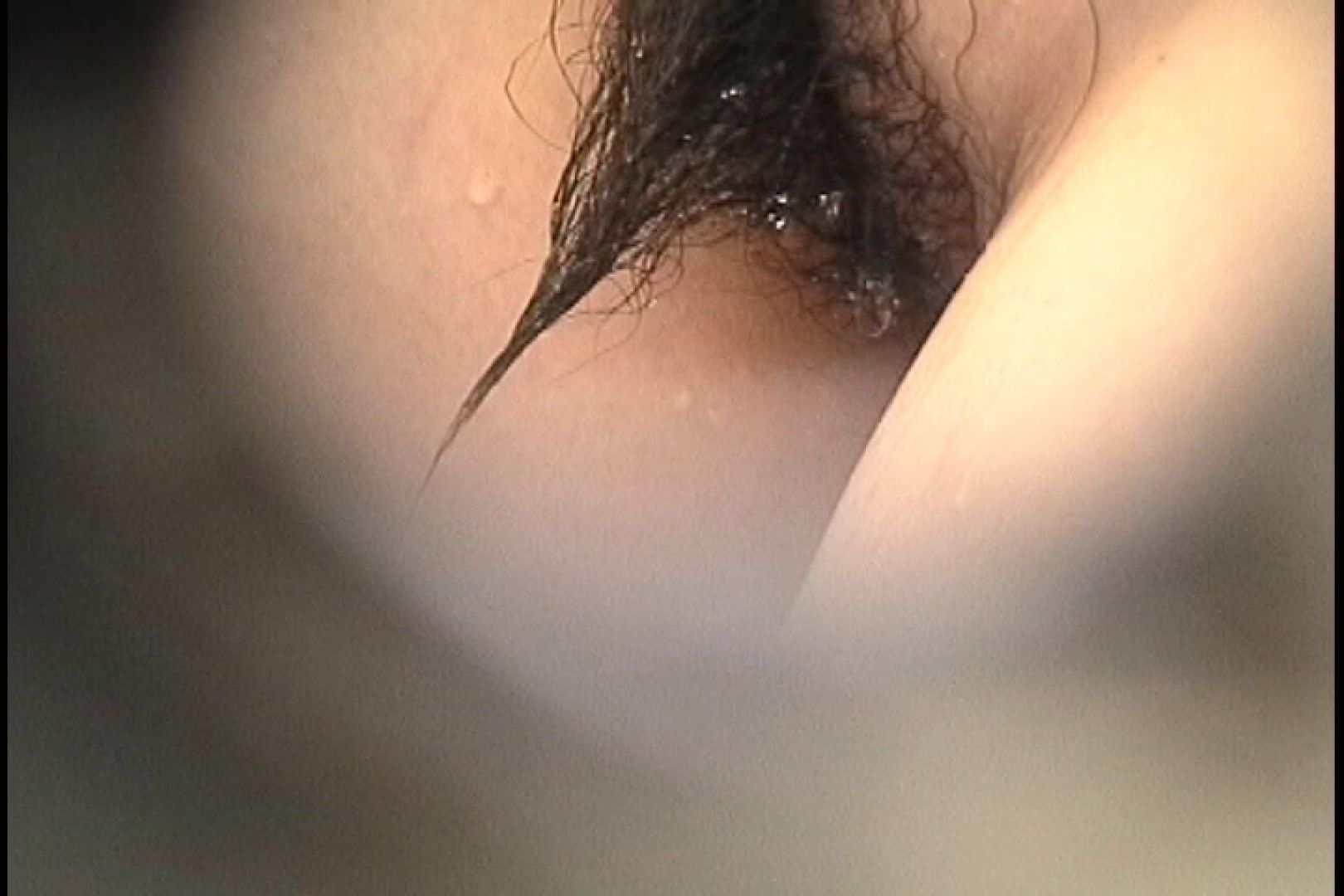 No.107 さすがの画質!濃い陰毛に阻まれ道が見えません エッチな乙女 | シャワー  102枚 49