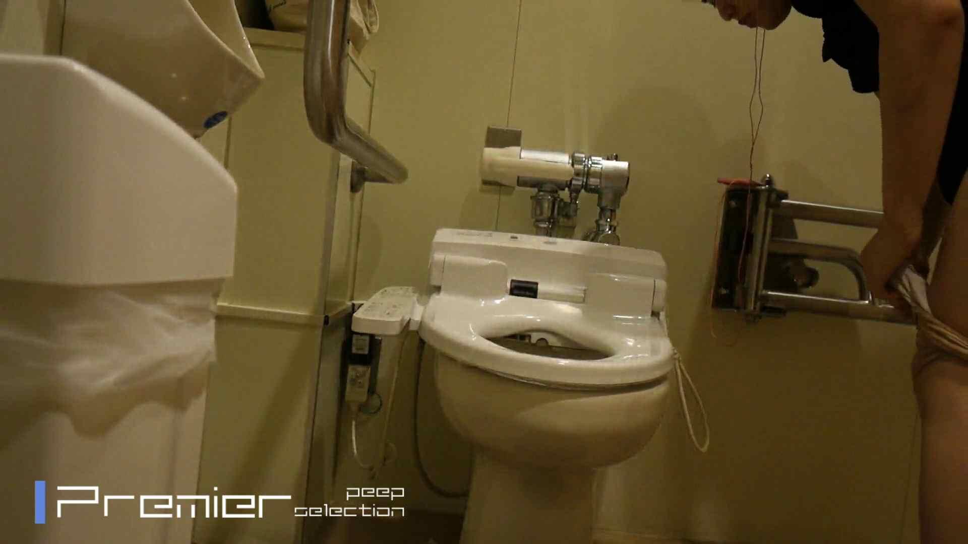 美女達の私生活に潜入!シャワーオナ!? 女子大生のトイレ一部始終 ビッチな女子大生 覗きおまんこ画像 80枚 11