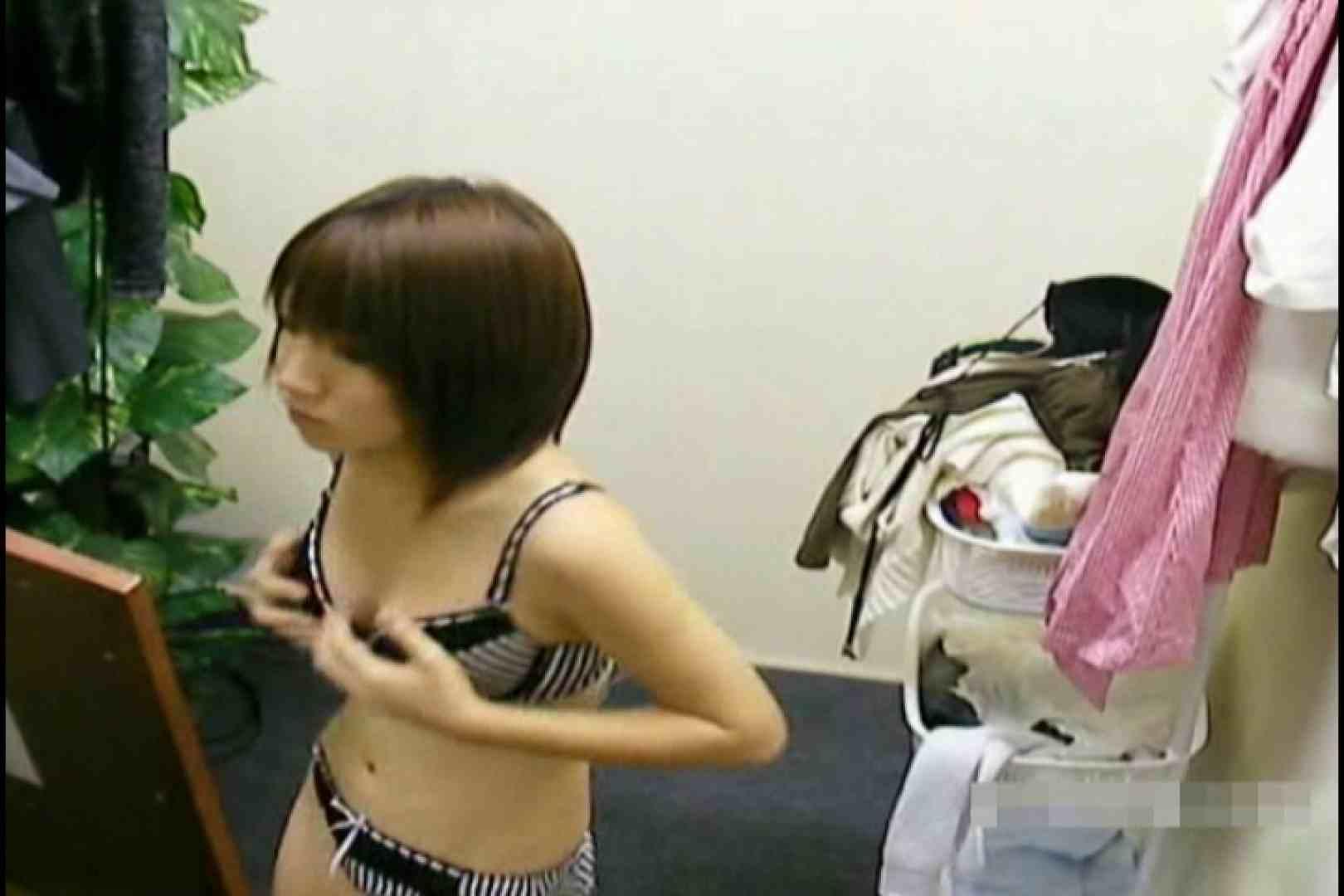 素人撮影 下着だけの撮影のはずが・・・れみ18歳 水着コレクション 濡れ場動画紹介 77枚 39